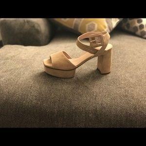 Stuart weitzman sandals nib size 8 w